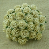Deep Ivory Open Roses 25mm - 5 ks